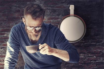 Créer une horloge qui aide à gagner en productivité ? C'est le pari un peu fou que s'est lancée la marque Edelkrone à travers OQLOQ ! www.soodeco.fr