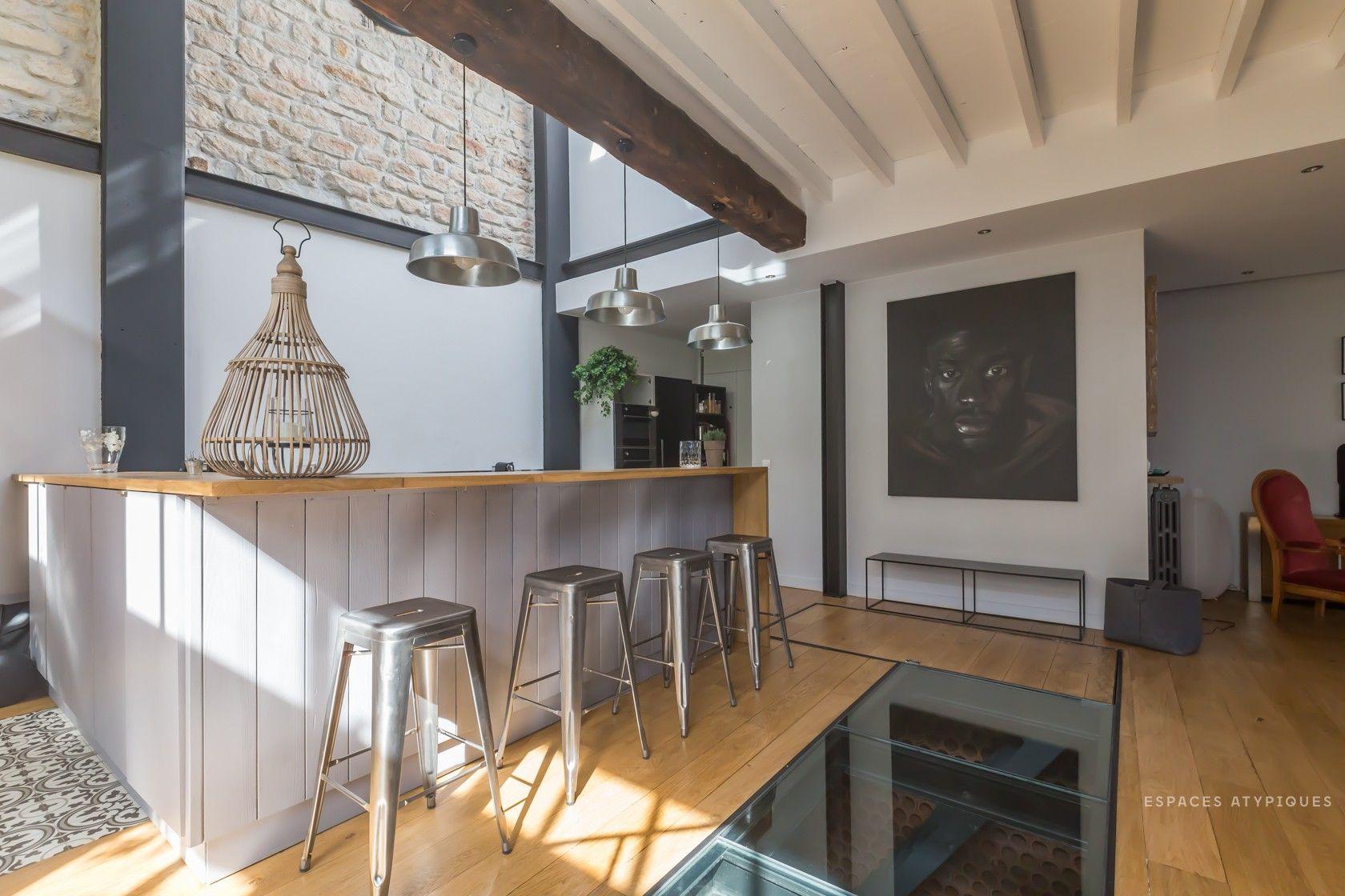 Paris - Une ancienne écurie réhabilitée en loft ! www.soodeco.fr/