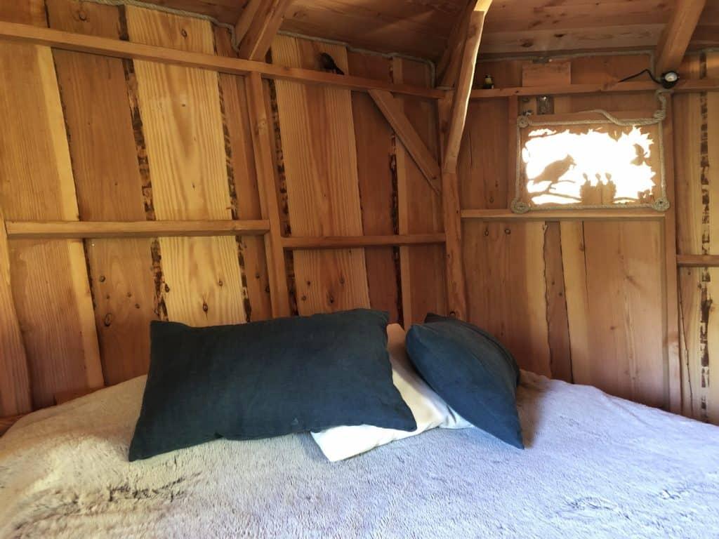 Notre jolie cabane perchée www.soodeco.fr/