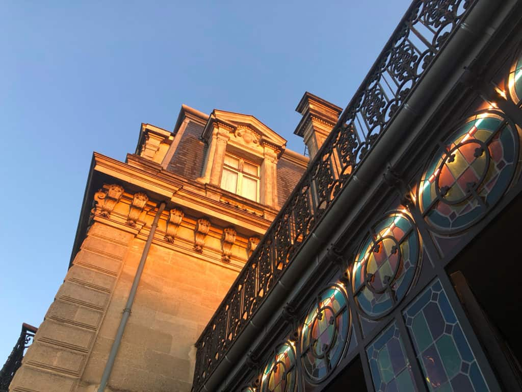 Le Point Rouge Bordeaux www.soodeco.fr/