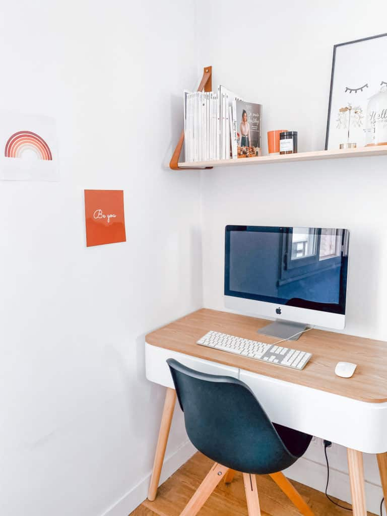 Avant / après créer un coin bureau dans la chambre www.soodeco.fr/