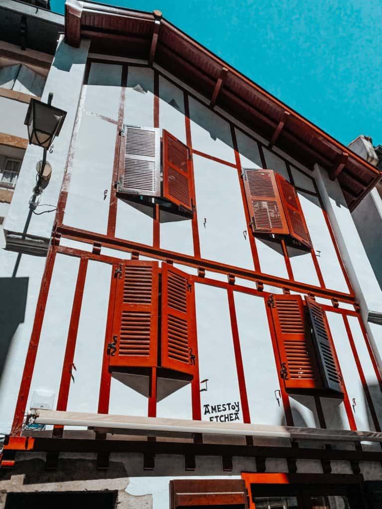 Une semaine en amoureux à Saint-Jean-de-Luz www.soodeco.fr/