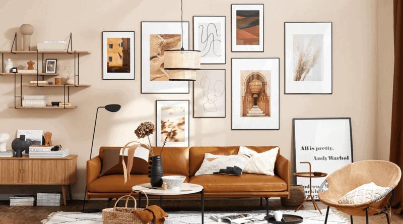 Les murs de cadres terracotta on aime ou on aime pas